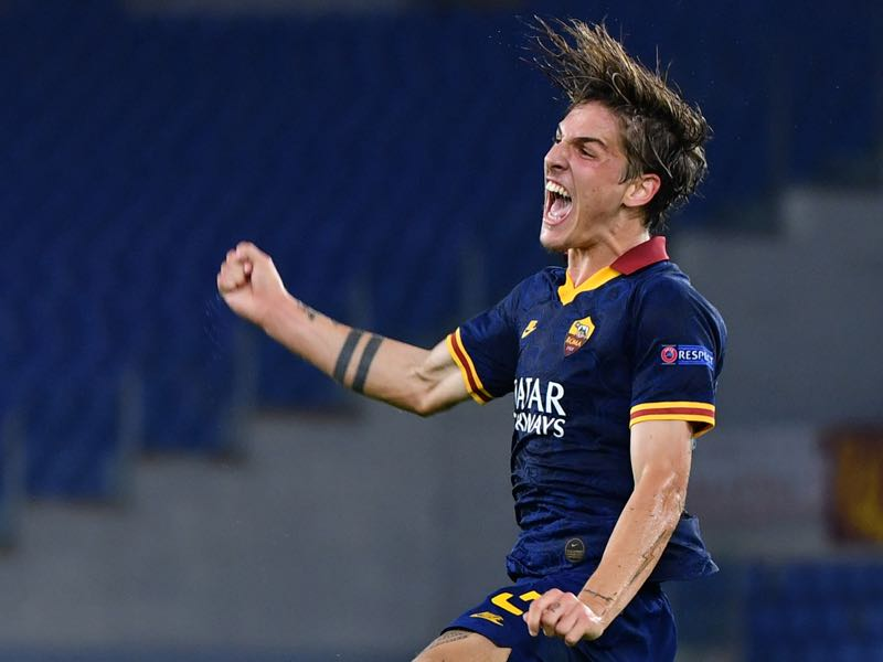 AS Roma's Italian midfielder Nicolo Zaniolo celebrates after scoring during the UEFA Europa League Group J football match AS Roma vs Istanbul Basaksehir on September 19, 2019 at the Olympic stadium in Rome. (Photo by Alberto PIZZOLI / AFP)