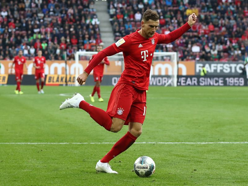 Leon Goretzka of FC Bayern Muenchen runs with the ball during the Bundesliga match between FC Augsburg and FC Bayern Muenchen at WWK-Arena on October 19, 2019 in Augsburg, Germany. (Photo by Alexander Hassenstein/Bongarts/Getty Images)