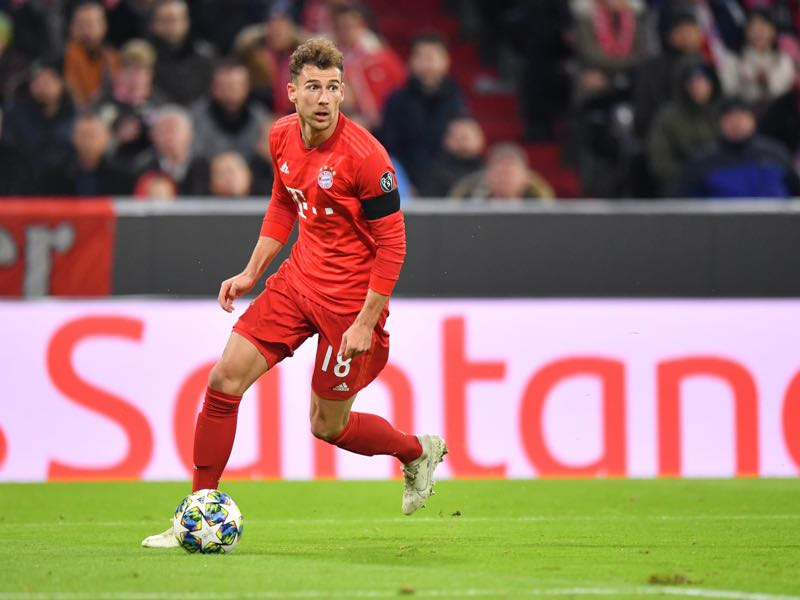 Leon Goretzka of Bayern Muenchen plays the ball during the UEFA Champions League group B match between Bayern Muenchen and Olympiacos FC at Allianz Arena on November 06, 2019 in Munich, Germany. (Photo by Sebastian Widmann/Bongarts/Getty Images )
