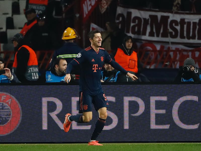 Crvena zvezda v Bayern Munich - Robert Lewandowski of FC Bayern Munich celebrates after scoring his team's fourth goal during the UEFA Champions League group B match between Crvena Zvezda and Bayern Muenchen at Rajko Mitic Stadium on November 26, 2019 in Belgrade, Serbia. (Photo by Srdjan Stevanovic/Getty Images)