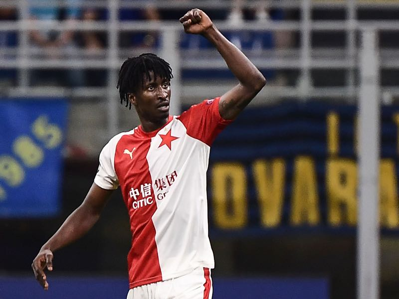 Slavia Prague's Nigerian forward Peter Olayinka celebrates after opening the scoring during the UEFA Champions League Group F football match Inter Milan vs Slavia Prague on September 17, 2019 at the San Siro stadium in Milan. (Photo by Marco Bertorello / AFP)