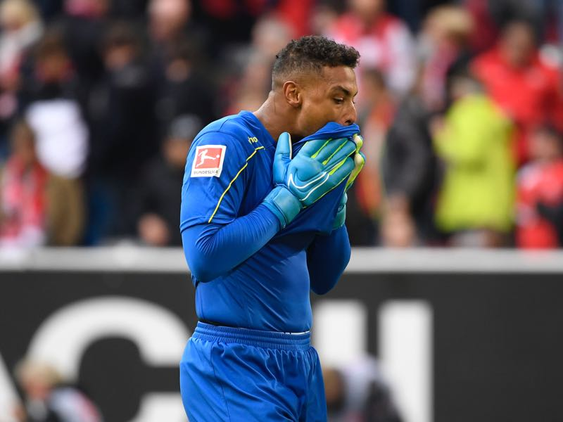 Düsseldorf v Freiburg - Fortuna Duesseldorf's US goalkeeper Zack Steffen reacts during the German first division Bundesliga football match Fortuna Dusseldorf v Freiburg in Duesseldorf, western Germany on September 29, 2019. (Photo by Ina FASSBENDER / AFP)