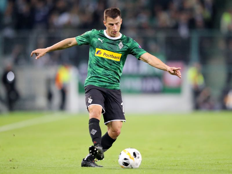 Stefan Lainer of Moenchengladbach runs with the ball during the UEFA Europa League group J match between Borussia Moenchengladbach and Wolfsberger AC at Borussia-Park on September 19, 2019 in Moenchengladbach, Germany. (Photo by Christof Koepsel/Bongarts/Getty Images)