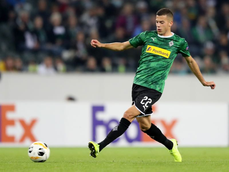 Laszlo Benes of Moenchengladbach runs with the ball during the UEFA Europa League group J match between Borussia Moenchengladbach and Wolfsberger AC at Borussia-Park on September 19, 2019 in Moenchengladbach, Germany. (Photo by Christof Koepsel/Bongarts/Getty Images)
