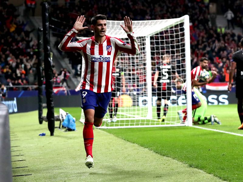 Atlético Madrid v Leverkusen - Alvaro Morata of Atletico Madrid celebrates after scoring his team's first goal during the UEFA Champions League group D match between Atletico Madrid and Bayer Leverkusen at Wanda Metropolitano on October 22, 2019 in Madrid, Spain. (Photo by Gonzalo Arroyo Moreno/Getty Images)