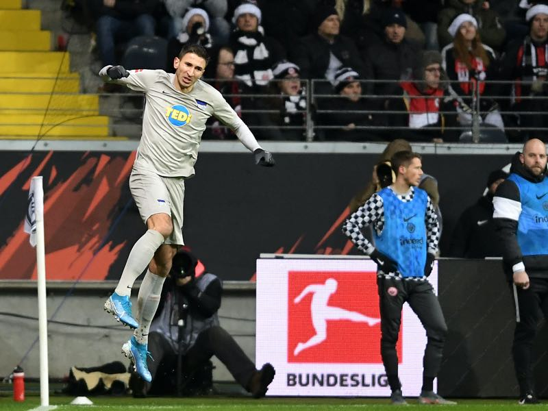 Frankfurt v Hertha Berlin - Marko Grujic of Hertha BSC celebrates with his team after scoring his sides second goal during the Bundesliga match between Eintracht Frankfurt and Hertha BSC at Commerzbank-Arena on December 06, 2019 in Frankfurt am Main, Germany. (Photo by Alexander Scheuber/Bongarts/Getty Images)