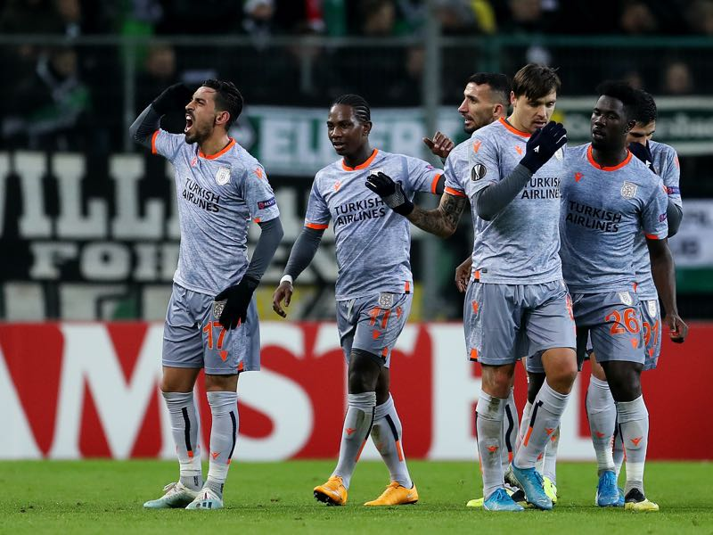 Gladbach vs Basaksehir - Irfan Can Kahveci of Istanbul Basaksehir F.K. celebrates with teammates after scoring his team's first goal during the UEFA Europa League group J match between Borussia Moenchengladbach and Istanbul Basaksehir F.K. at Borussia-Park on December 12, 2019 in Moenchengladbach, Germany. (Photo by Lars Baron/Getty Images)