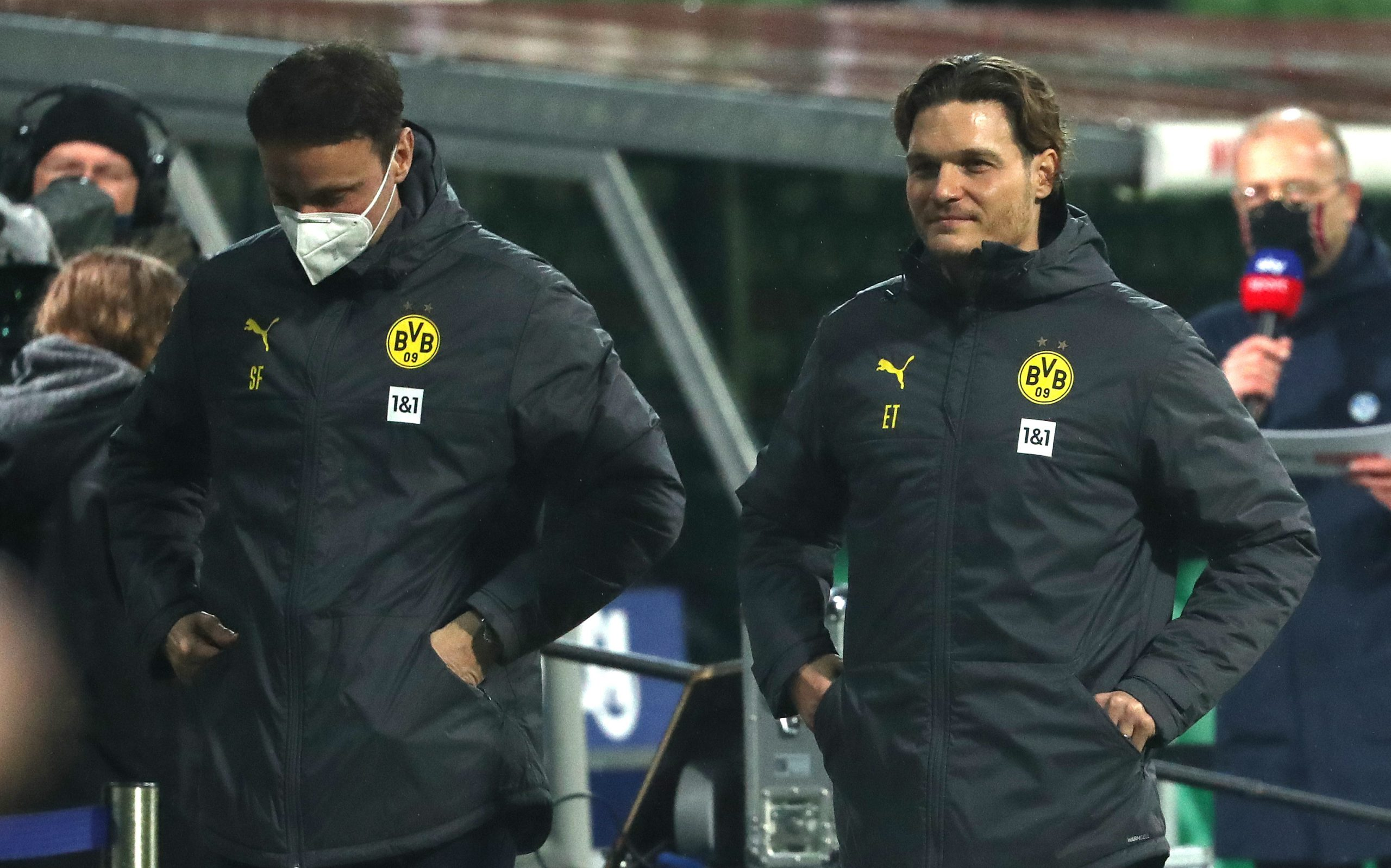 Werder Bremen vs Borussia Dortmund - Terzic smiles